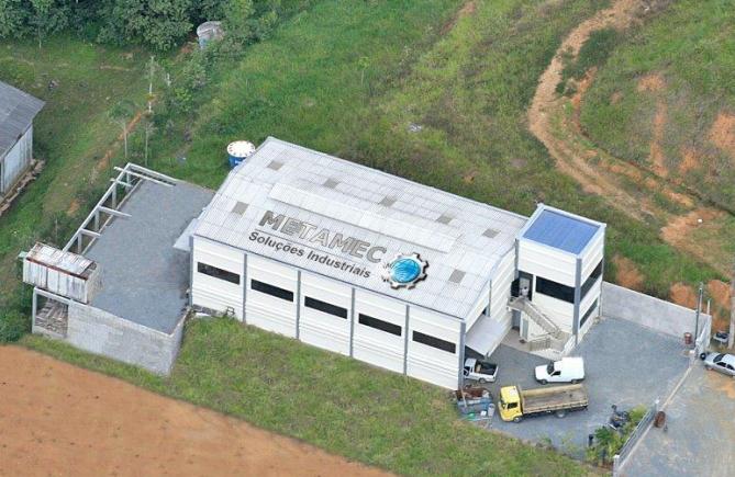 Vista aérea da sede da Metamec